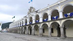 El Real Palacio de La Antigua Guatemala, está en proceso de restauración.  Actualmente presenta un 70% de avances.