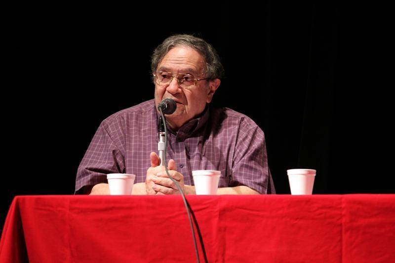 Jorge Solares presentó un encomio al expresidente Jacobo Árbenz Guzmán, personaje al que está dedicada la actividad académica.