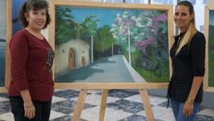Ilonka Matute, Directora de la Biblioteca Nacional compartió junto a Devaki Jerez, coordinadora de la exposición