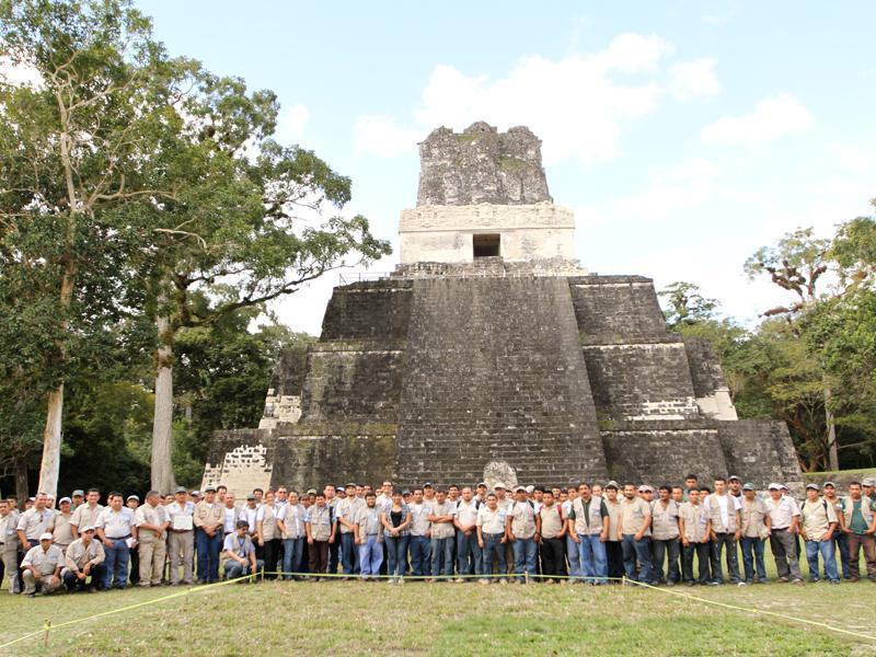 Personal del Parque Nacional Tikal realizó los trabajos de restauración del Templo II.