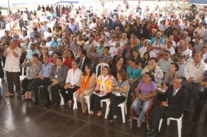 Numeroso público asistió al Concierto.