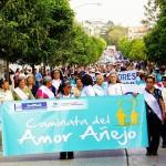 Entusiasmo, energía y convivencia se unieron en la Caminata del Amor Añejo