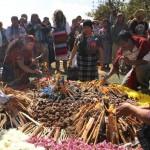 Se celebró una ceremonia Maya, encabezada por guías espirituales de distintas etnias indígenas.