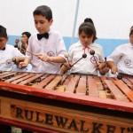 Estudiantes de la marimba deleitaron con interpretaciones guatemaltecas.