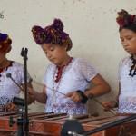 Niños y niñas demostraron su talento al ejecutar piezas musicales en marimba.