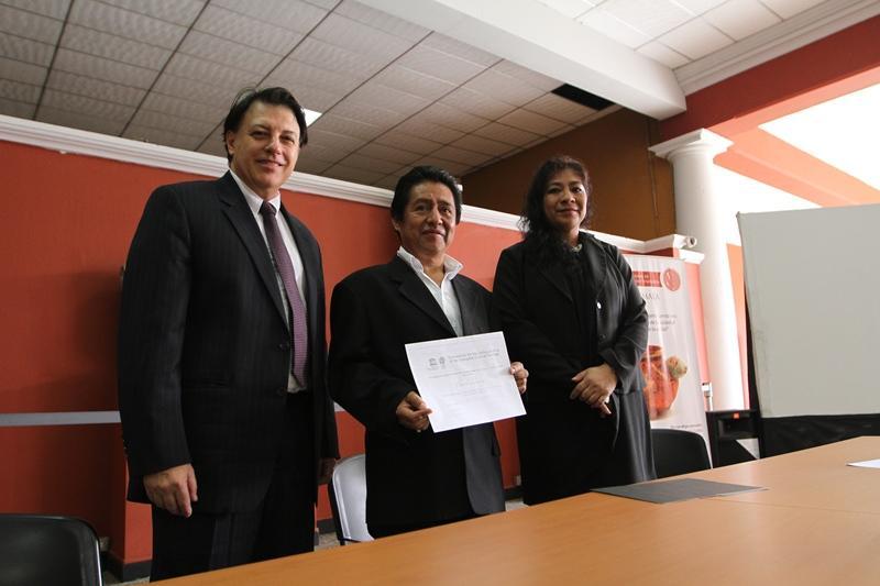 El Titular de Cultura y Deportes recibió el Certificado de Inscripción del Ceremonial de la P´aach, por UNESCO.