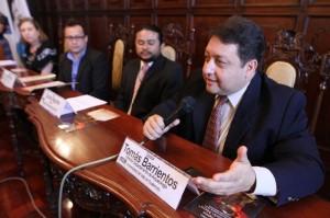 Tomas Barrientos, arqueólogo de  la Universidad  del Valle comentó sobre los colapsos de los mayas.