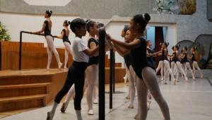 La Escuela Nacional de Danza 00403