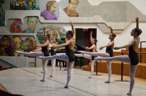La Escuela Nacional de Danza C00511