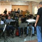 Estudiantes cumplen segunda jornada de talleres musicales