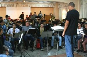 Estudiantes cumplen segunda jornada de talleres musicales_9239