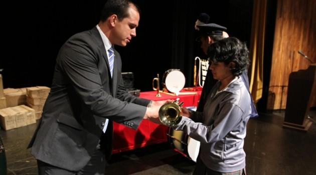Ministro entrega instrumentos_4974