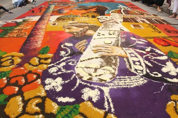 Arte y devoci n se une en alfombra con motivos de semana for Alfombras persas historia
