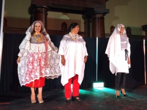 festival de trajes regionales