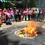 Iximché es visitado por estudiantes y liderezas