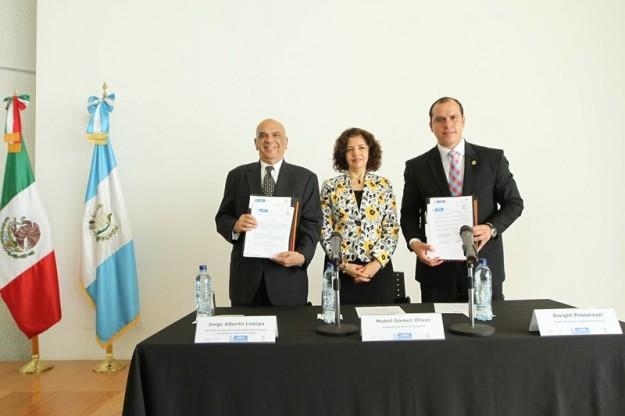 Guatemala firma acuerdo de mutua cooperación con Estado de Puebla 1