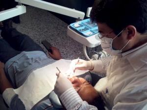 """servicio gratuito de odontología en parque """"Erick Barrondo"""""""