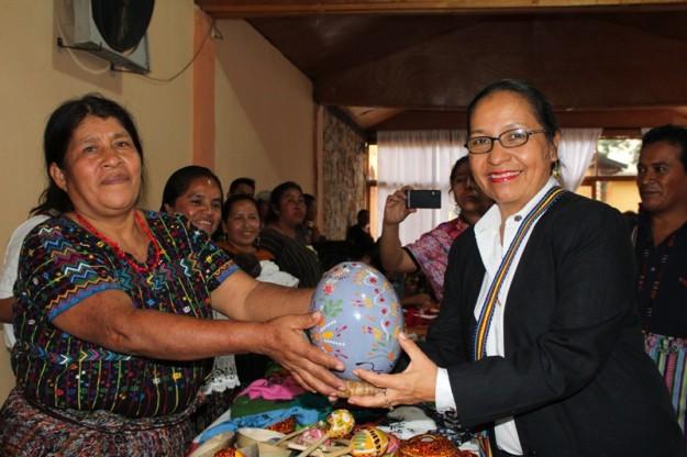 Viceministra de Cultura participa clausura certificación para Artesanos