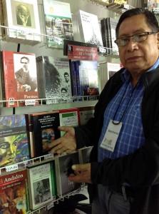 francisco_morales_santos_-_premio_nacional_de_literatura_1998