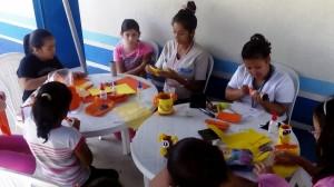 Academia de Manualidades en el Parque Erick Bernabé Barrondo