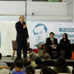 Echeverría gana el Premio Mesoamericano de Poesía_7112