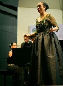 Foto tomada de Facebook: Concurso centroamericano de canto lírico