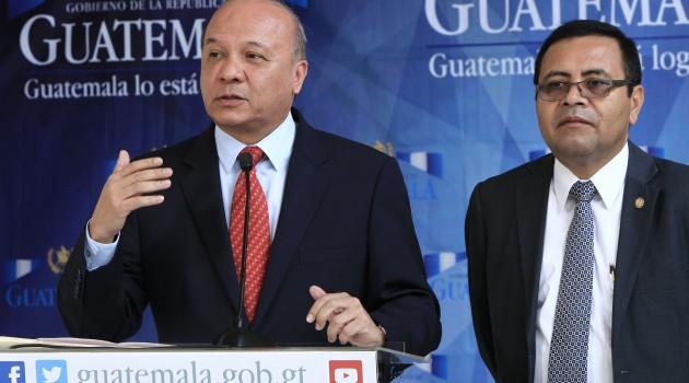Ministro Chea Urruela amplía denuncia por corrupción en sitios arqueológicos