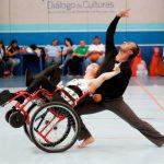 Personas con discapacidad realizan actividades recreativas