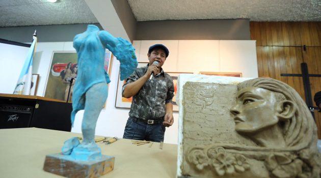 Escuela Nacional de Artes Plásticas conmemora el Día Nacional del Escultor
