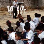 CREA y Editorial Cultura brindan acercamiento con la lectura y la literatura a alumnos de colegio en San Lucas Sacatepéquez_101912