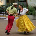 Folclor latinoamericano se luce en jornada de baile en parejas del Festival Danza y Movimiento2