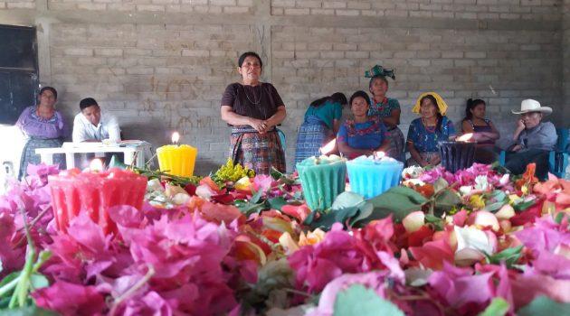 revitalización de cultura achí_093436