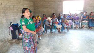 revitalización de cultura achí_095712