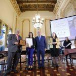 """Eslly Odette Melgarejo Vásquez y Diego Gabriel Silva Polanco, de Guatevisión por el segmento """"Guatemala Cultural"""""""