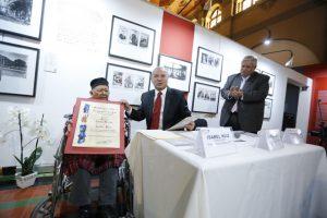 Premio Carlos Merida
